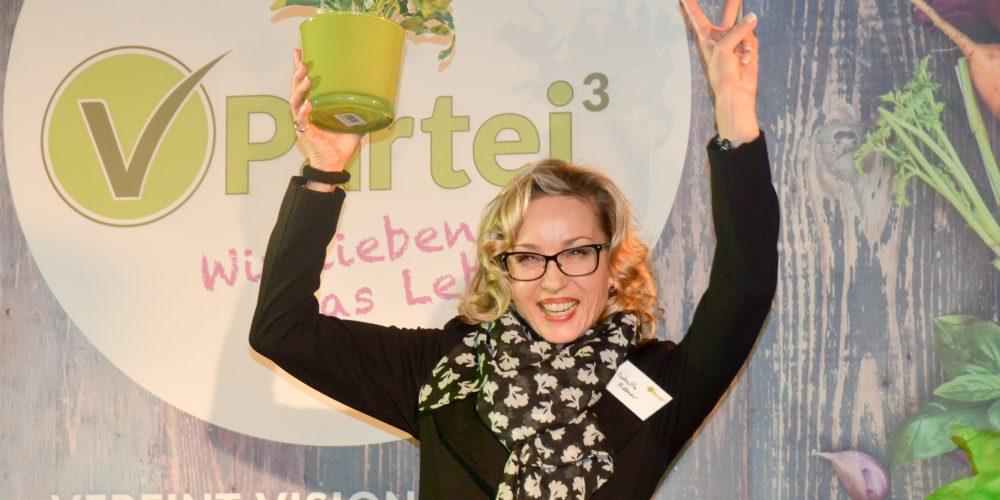 Isabella Hübner: Das politische Herz der Schauspielerin im Sturm erobert