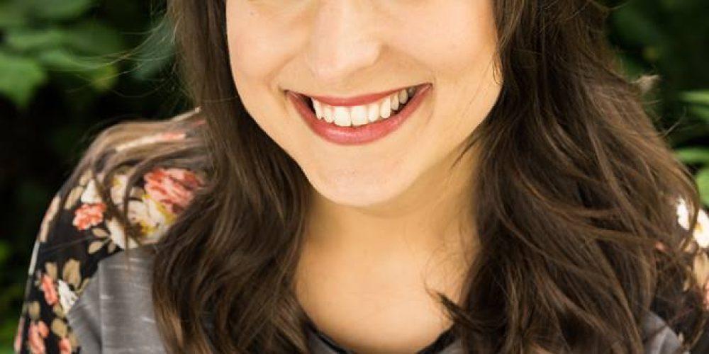 V-Partei³ begeistert TV-Moderatorin Melina Gammersbach
